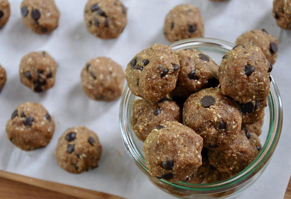 Protein Cookie Dough Balls